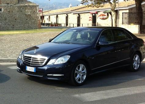 3821c6591812 Auto epoca matrimonio Cosenza noleggio auto per cerimonie Cosenza  Tuttoperlasposa.it - Auto tuttoperlasposasposa